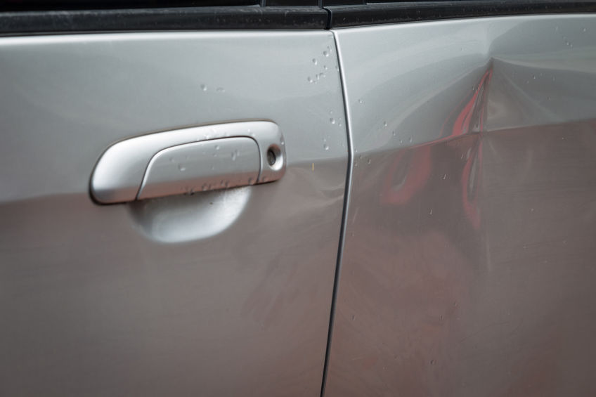 Why a Communicative Approach is Best for Paintless Dent Repair